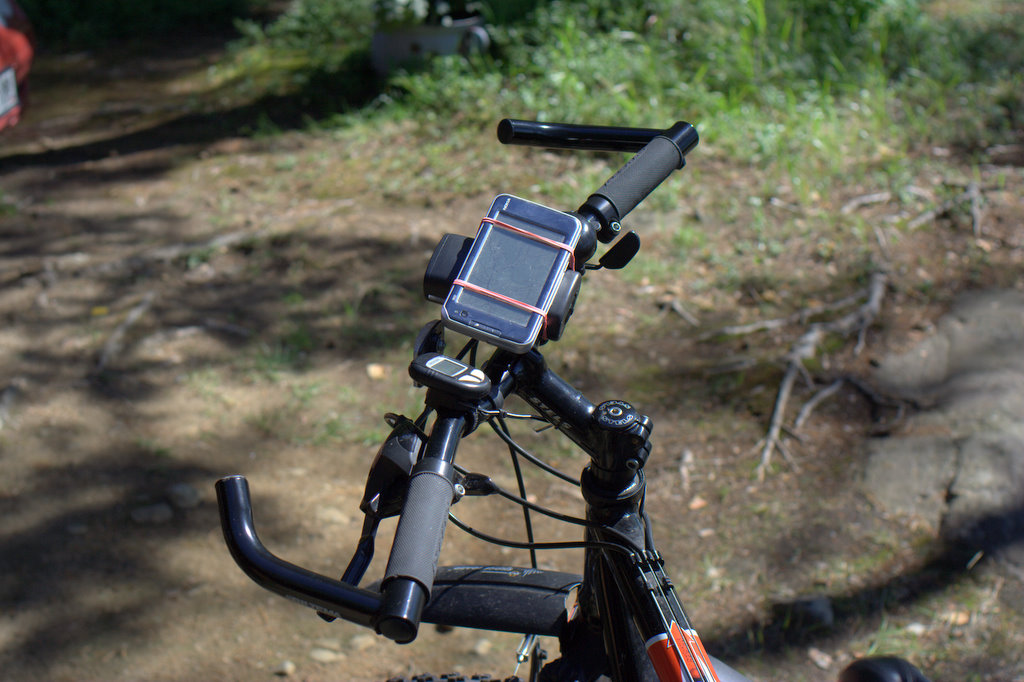 N810 on bike in use 2